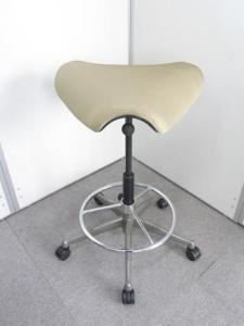 【錦糸町店厳選商品】Humanscale(ヒューマンスケール) Freedom Pony Saddle Seat(フリーダム ポニーサドル シート)チェア(中古)