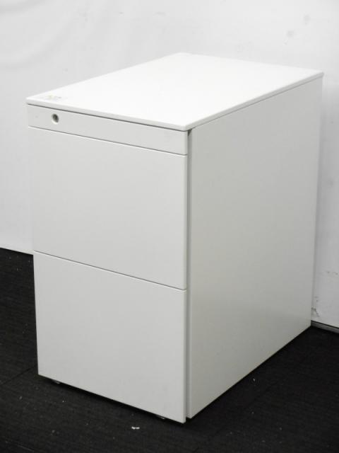 【3台入荷!】岡村製作所 3段ワゴン A4ファイルタイプ サイド取っ手 デスクの下に置ける3段引出しキャビネット ホワイト フリーアドレスデスク用