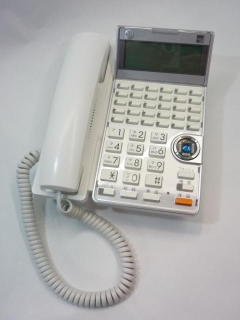 【30ボタン標準電話機(WH)】 サクサ(SAXA) 【アグレア(Agrea)】 TD625(W)                         Agrea                                     中古