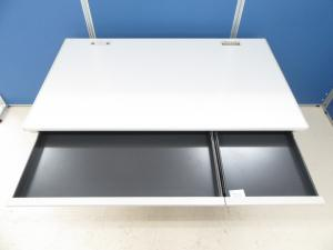 [大人気デスク!!]岡村製作所(okamura) 平デスク SDシリーズ 幅1200mm■オフィスの定番!!横幅120cmをお探しならコチラがおすすめ!![SD-V Desk system](中古)