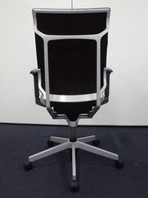 【デザイン、機能、座り心地どれをとっても一級品!】コクヨ アガタA ブラック×グレー【ハイバックチェア】                         アガタA                                     中古