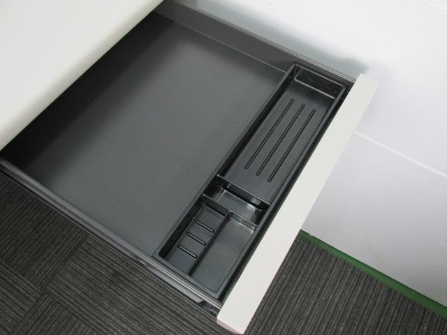 国内有名メーカーオカムラ製!平机!W1200                         SDデスクシステム                                     中古