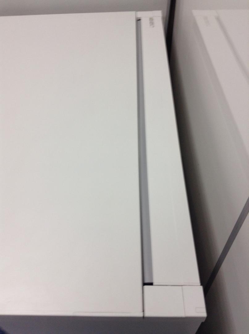 【9台入荷】ピカピカのホワイト色、W1000のコンパクトサイズ!フリアドの延長デスクにも|CZRデスク[CZR DESK](中古)