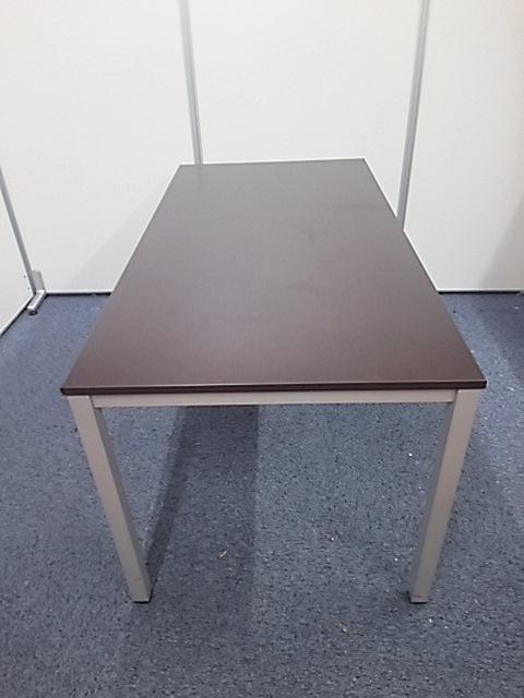 【テーブル+チェアセットで20,000円!】3セットあります!                                                              中古