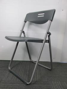 【これからのシーズン1脚はあったら便利】折り畳み椅子|ブラックカラー