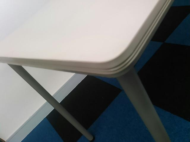 【松戸・柏店オープン!】【限定1台】ミーティングテーブル|幅1200mmのコンパクトサイズ!                                                               中古