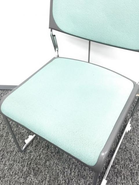 【4脚セット商品】会議用チェア 綺麗なグリーン色で待合室や休憩所にも最適                         FNT-10・FNM-10 chair                                      中古