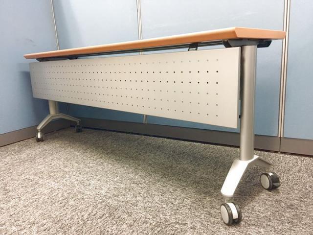 【木目天板】ウチダ製スタックテーブル/W1800サイズ                                                              中古