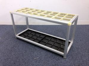 【4台入荷】3×8の大容量収納可能な傘立て入荷!!