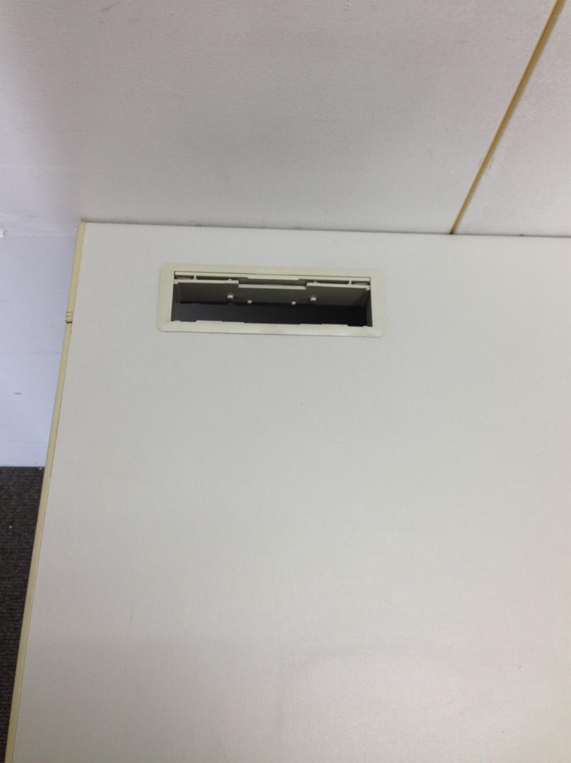 【ライオン製片袖デスク】【幅1200・パソコンデスクに定番の商品】(中古)