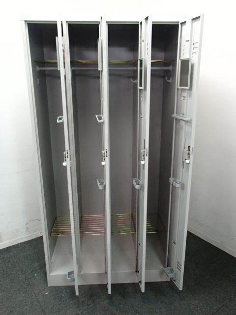 【4台入荷】イトーキ製|4人用ロッカー|コートなども入る使いやすいロッカーです!                                                              中古