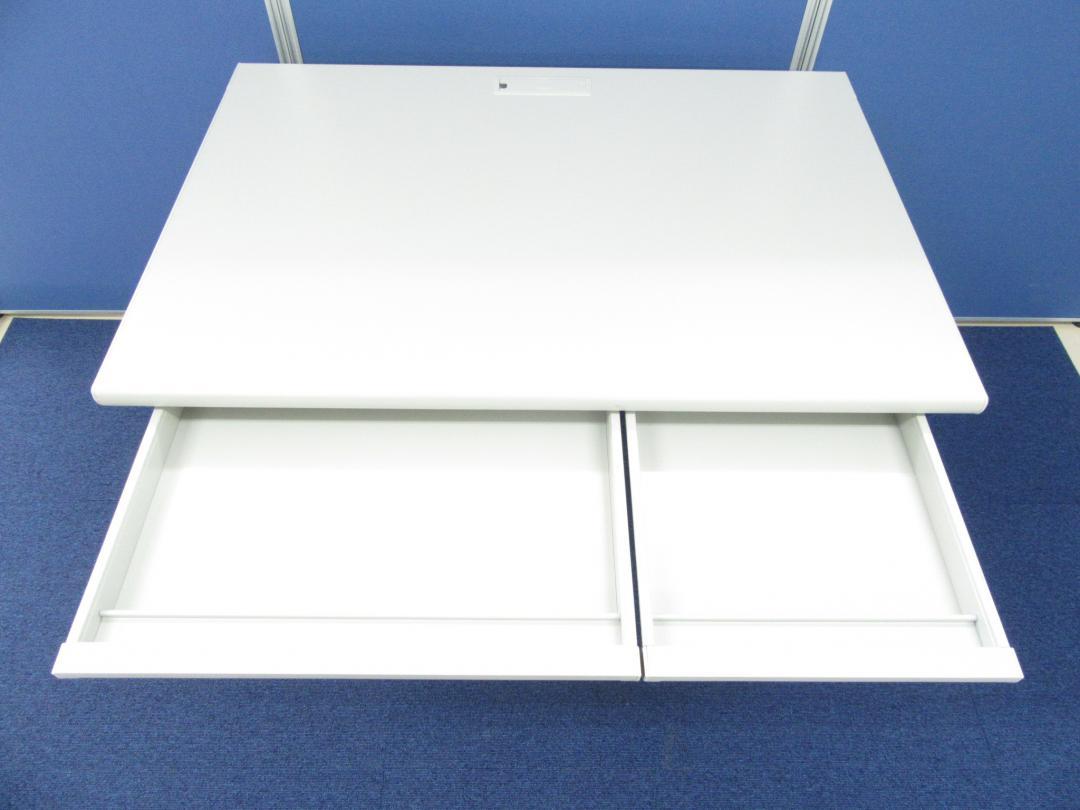 [¥7,000⇒¥6,000]平机 横幅1000mmのコンパクトサイズ!!省スペースに最適な平デスク!!オフィスの定番商品です!!(中古)