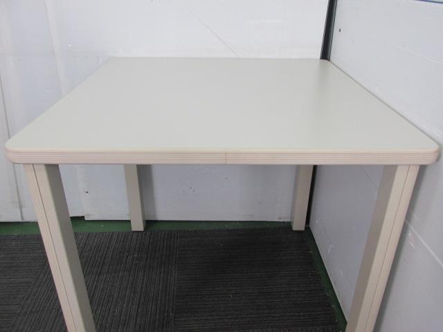 【国内トップメーカー】コクヨ製 角テーブル ニューグレー W750                                                              中古