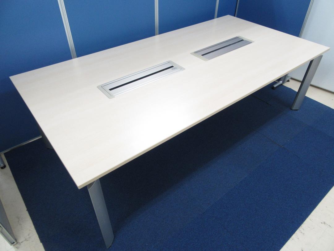 [1台限定]岡村製作所製 高級感溢れるミーティングテーブル■カラー:ライトプレーン[6~8名様][大型テーブル]