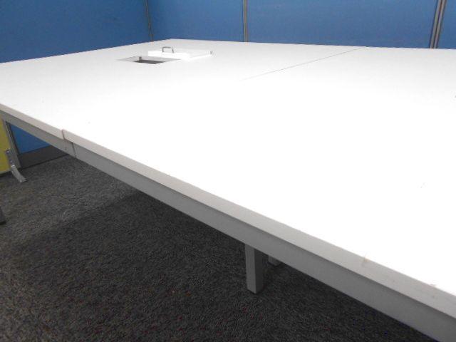 【1台入荷】会議用大型テーブル 人気のホワイト天板                                                              中古