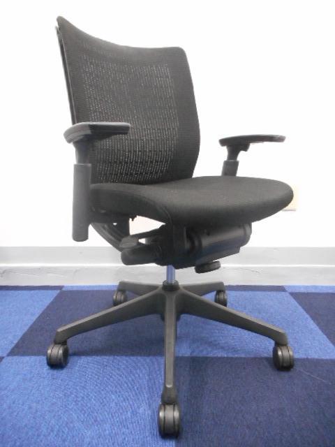 [人気チェアがこの価格でお買い得!][メッシュチェア]洗練されたデザインのオフィスチェアはコストパフォーマンスもGOOD![事務椅子]                         ヴィスコンテ                                     中古