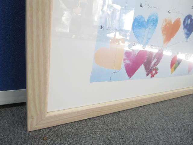 【心やすらぐハートのデザイン!】■アートポスター【額入り絵画】壁掛け式 ■1点限定入荷!                         額入りアート                                     中古