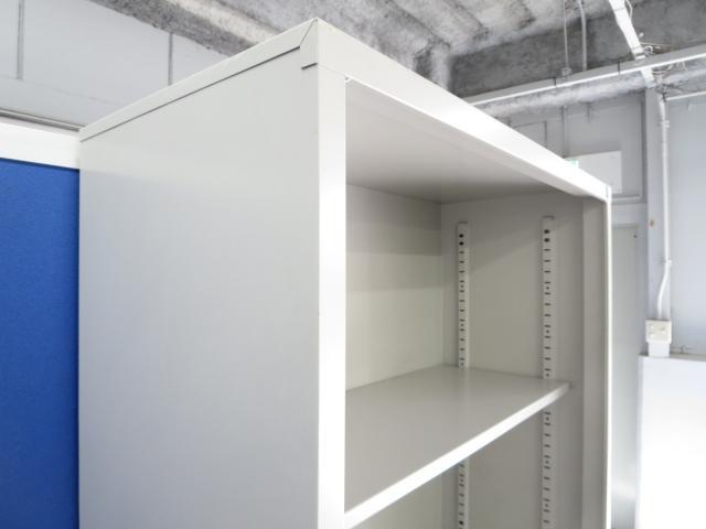 【頻繁に出し入れするカタログ・ファイル収納に最適!】■コクヨ製 上下オープン書庫セット                                                              中古