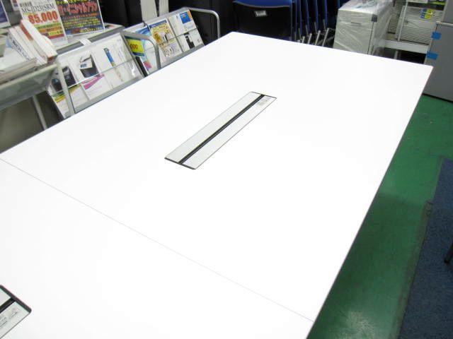【高級会議テーブル】ラティオⅡ 配線穴あり カラー:ホワイト【2枚天板】                         ラティオⅡ                                     中古