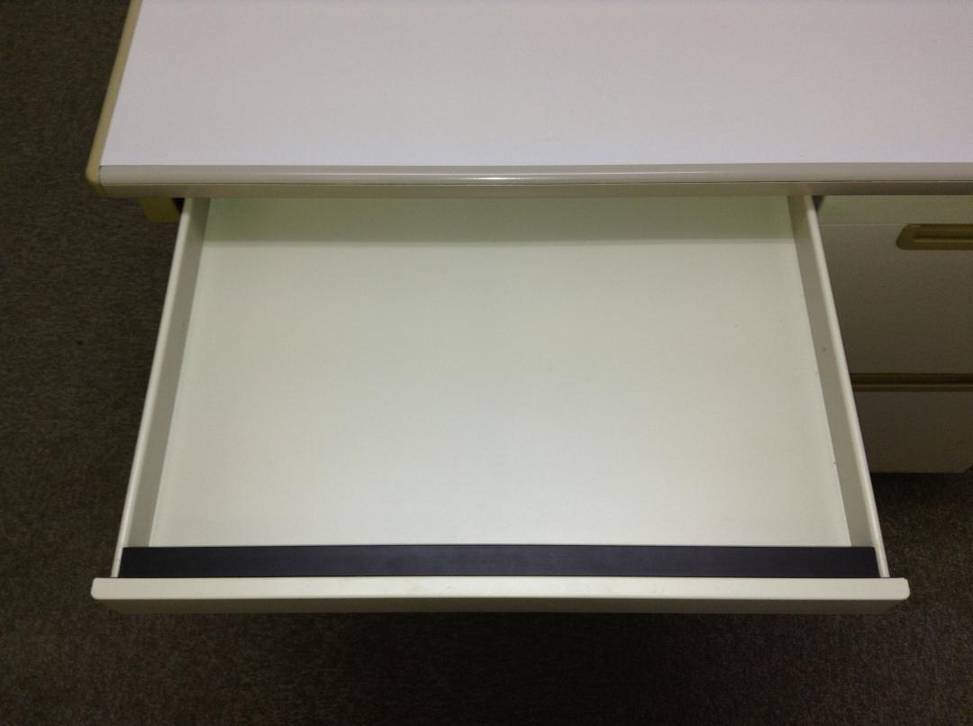 【大量入荷!】シンプル・イズ・ザ・頑丈! 107片袖机、ファイル2段タイプ!|DBシリーズ(中古)