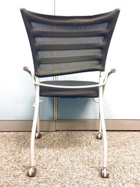 【4脚セット商品】【会議用チェア ブラック色で待合室や休憩所にも最適】                                                              中古