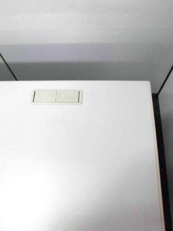 イトーキ製CZシリーズの平机 使い勝手の良い横幅1200mmです|CZデスク[CZ DESK](中古)