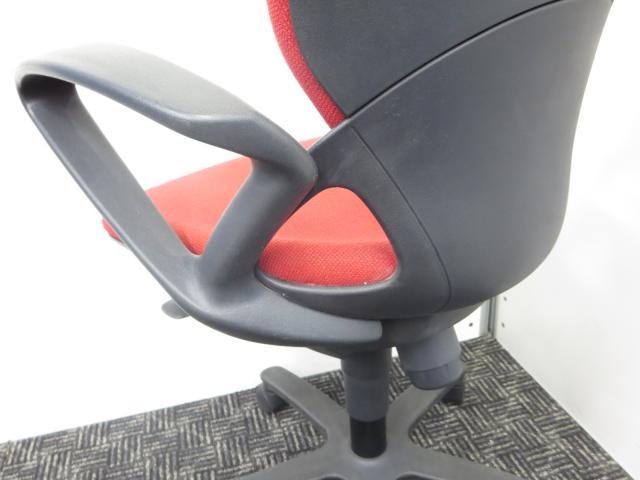【いちおし!】座りやすさ追求したデザインがウリ!■綺麗なレッド!■                         プレーゴ                                     中古
