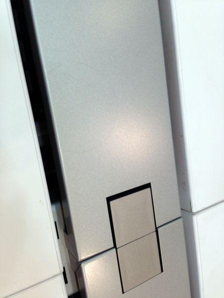 【1台入荷】驚きの2016年製、デザインと快適さを両立させた人気のフリーアドレスデスク!!