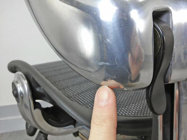 【展示品】アーロンチェア ハーマンミラー Bタイプ フル装備/タキシード【クラシックアーロンチェアの最上級モデル】|アーロンチェア[Aeron chair](中古)