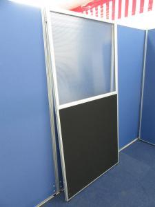 [彩光が気になるお客様におすすめ!!] クロス上部半透明ローパーテーション 横幅900mm/高さ1800mm■色:ブラック■オフィスの部屋作りに如何でしょうか!?