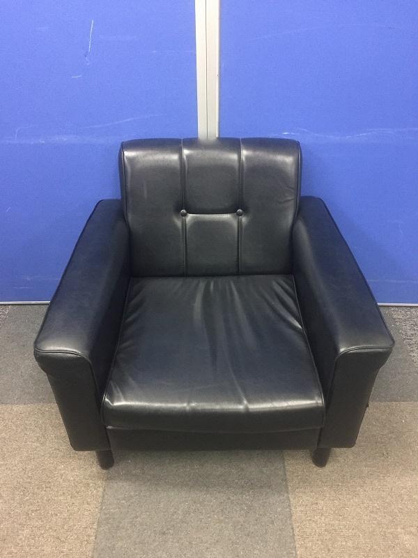 【オリバー製】ブラック色でどんなオフィスにも合う応接セット!足に少し傷などございます。(中古)