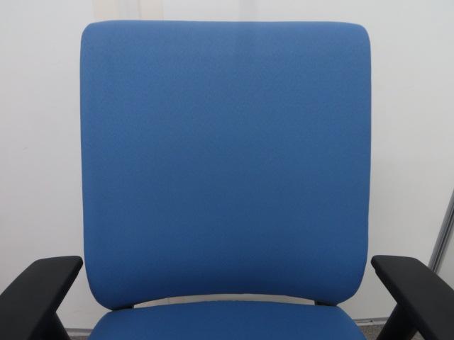 【在庫売り尽くし】ライトブルーのシンクチェア【事務イス】|その他シリーズ(中古)