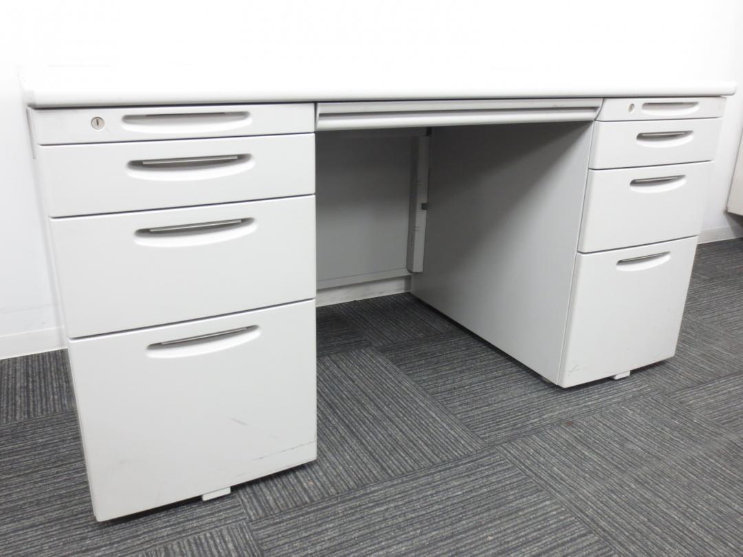 【収納力抜群!!】両サイドに引き出しがあるので書類、小物がたくさん入ります!国内トップメーカーオカムラ製!|SDシリーズ[SD Desk system](中古)