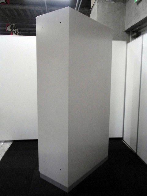 【200台の大量入荷!!】イトーキ製 シンラインシリーズ A4サイズの書類収納を基調とした両開き書庫【大量収納】【ファイルキャビネット】|シンライン[THIN LINE](中古)