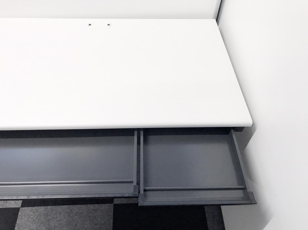 【50台の大量入荷!!】プラス製 平机■幅1200mm【大量在庫】【ホワイト】|フラットライン(中古)