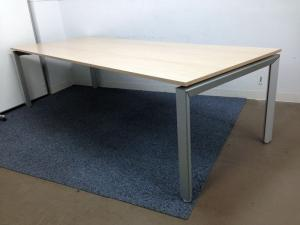 【キレイなナチュラル天板の大型テーブル】8名までゆったり広々サイズ!省スペースオフィスのフリーアドレスデスク替わりとしても