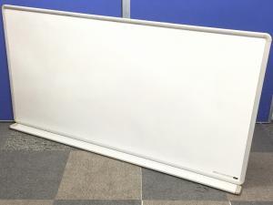 【1枚入荷】壁掛けのホワイトボードの入荷です!壁に掛けて使えますので、場所も取りません!!