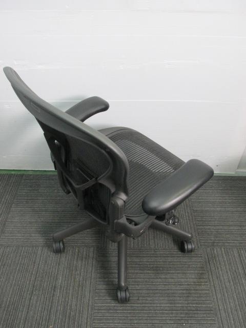 【おつとめ品】ワケ有りアーロンチェア 昇降、リクライニング、前傾制御機能に不具合あり|アーロンチェア[Aeron chair](中古)_10