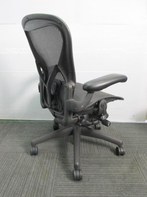 【おつとめ品】ワケ有りアーロンチェア 昇降、リクライニング、前傾制御機能に不具合あり|アーロンチェア[Aeron chair](中古)_5