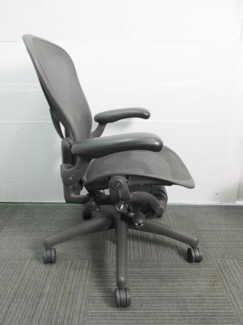 【おつとめ品】ワケ有りアーロンチェア 昇降、リクライニング、前傾制御機能に不具合あり|アーロンチェア[Aeron chair](中古)_6