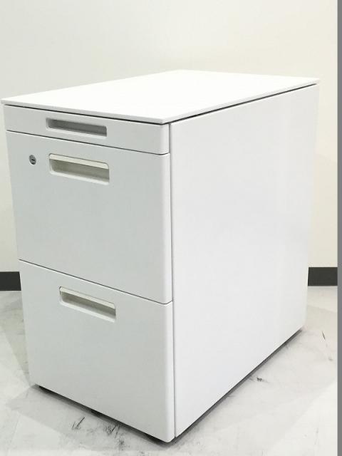 オフィスを明るくするホワイト|A42段収納可能※高さH645