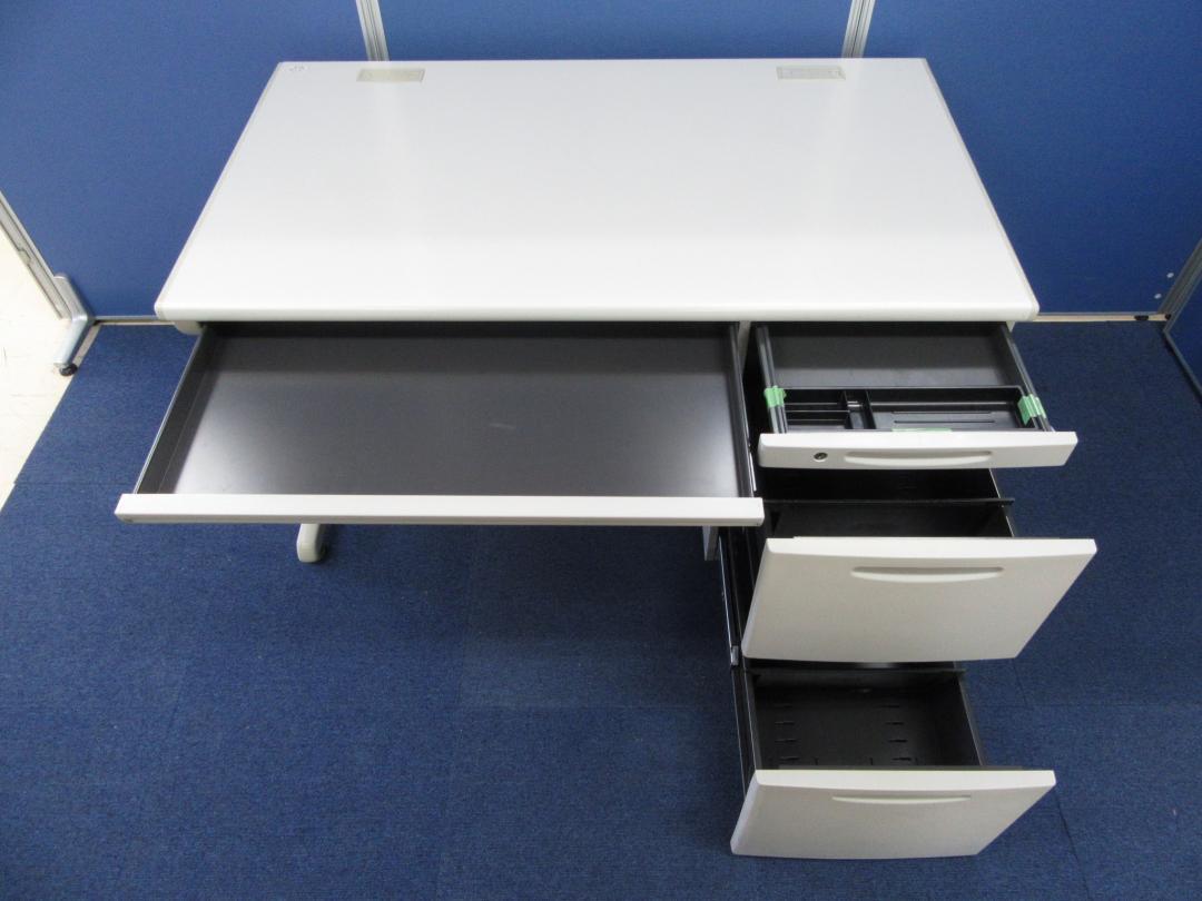 [人気シリーズ入荷!!]岡村製作所(okamura) 片袖机 SD-Vシリーズ■A4ファイル2段収納可能で大量の書類整理も簡単!!売れ筋の横幅1200mmデスクです!!|SD-Vシリーズ[SD-V Desk system](中古)