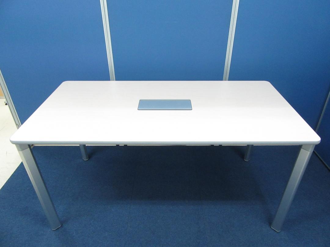 [ナチュラルテイスト!!]ミーティングテーブル 横幅1500mm/奥行750mm 配線カバー付き■綺麗な薄い木目調天板!!シンプルデザインで2~4名様のご使用におすすめです!!(中古)