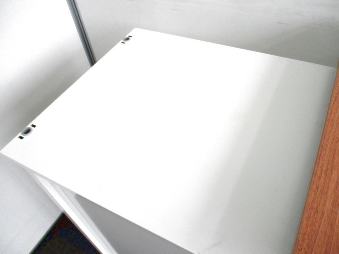 【引戸式のワゴン!】オカムラ製のホワイトカラー!【滅多に入荷ございません!】(中古)