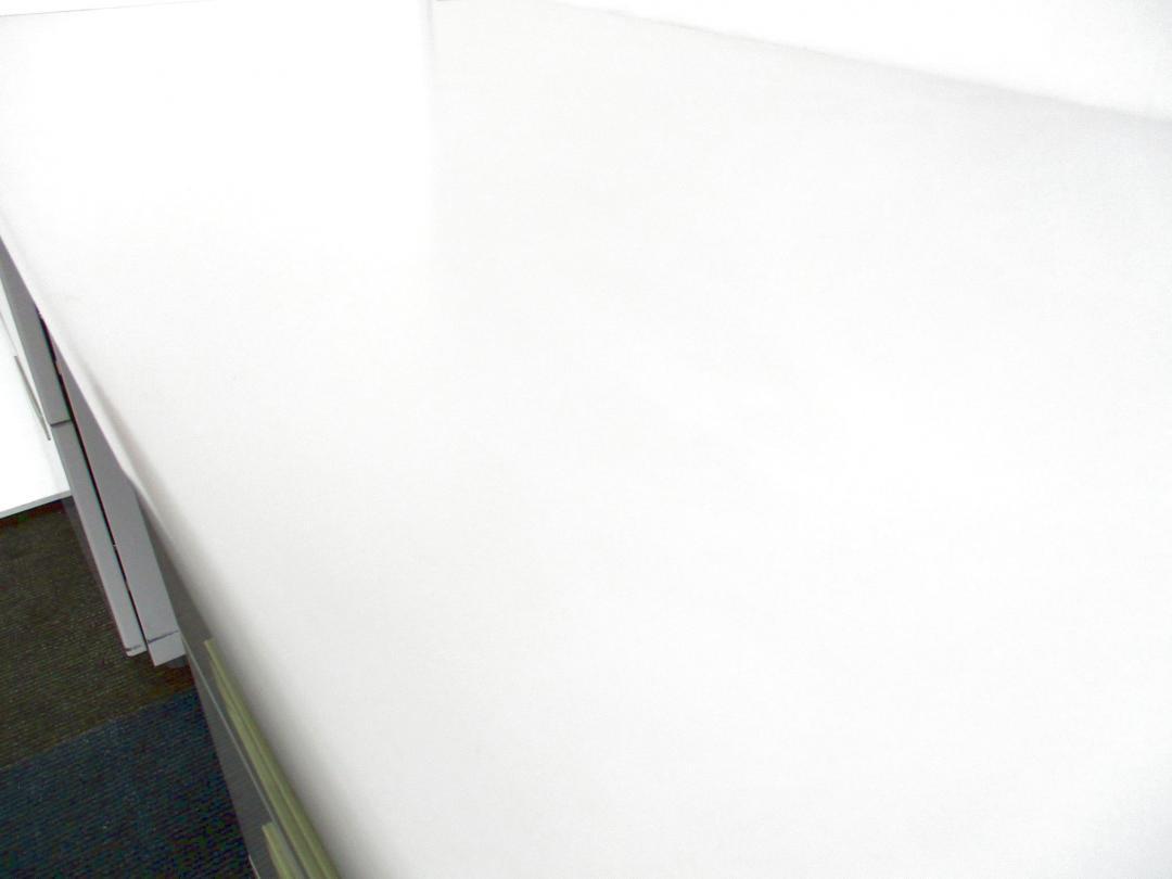 【4台と纏まった入荷!】ウチダ製の両袖机!【幅1400mm!】(中古)