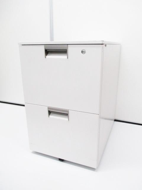 【今流行りのホワイトカラー】■2段ワゴン・イトーキ製CXシリーズ ■定番中の定番! ■A4ファイルが2段収納可能 ■書類メインの収納ならこれ【ロット品】