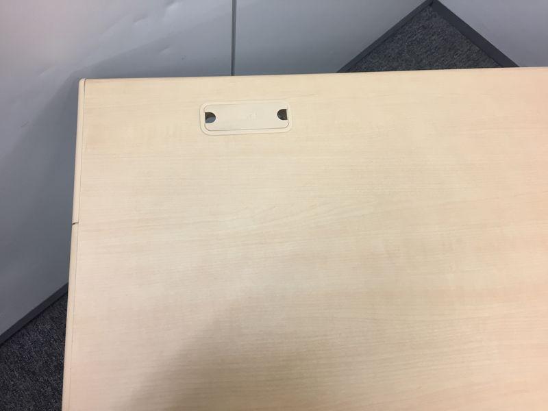 【プラス 平机 &オカムラ フィーゴ  セット!】幅広の平机とチェアをセットでご紹介! (中古)