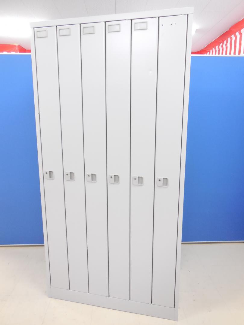 [珍しい縦型タイプ!!]イトーキ(ITOKI) 6人用ロッカー■省スペースに6名分といえば、こちらです!!丈の長い衣類も収納!![1台限定](中古)