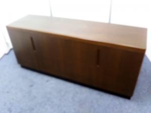 【高級感あふれる木製】役員室用サイドボード|その他(中古)