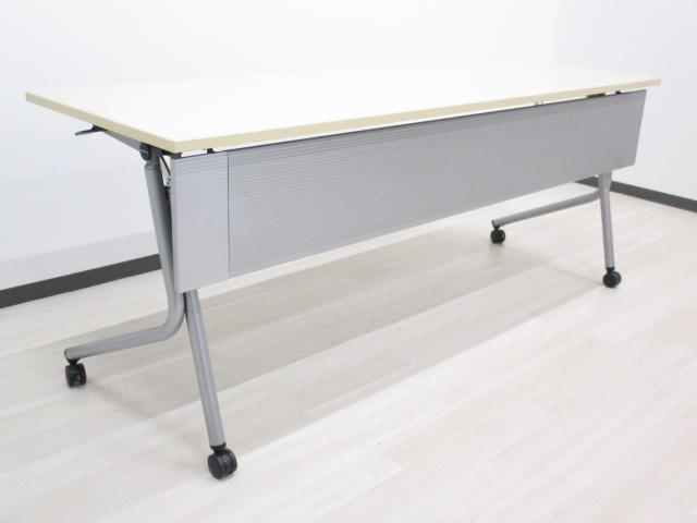 【限定3台】[幅1800mm]ミーティングテーブル フォールディングテーブル キャスター脚でらくらく移動可能です